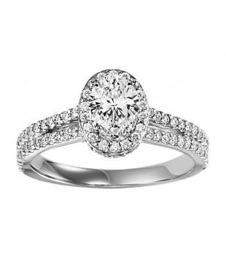 1.25 CTW Oval Halo Diamond Engagement Ring